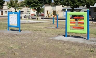 El Gobierno Municipal instaló juegos integradores en la Plaza Belgrano