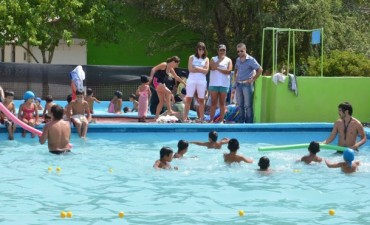 Más de 200 chicos de los Centros de Día Municipales disfrutan del verano en Los Barrancos