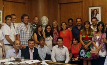 Alicia Kirchner se reunió con concejales bonaerenses