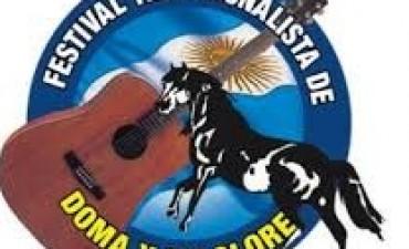 Luciano Pereyra y Los Nocheros en el Festival de Doma y Folklore