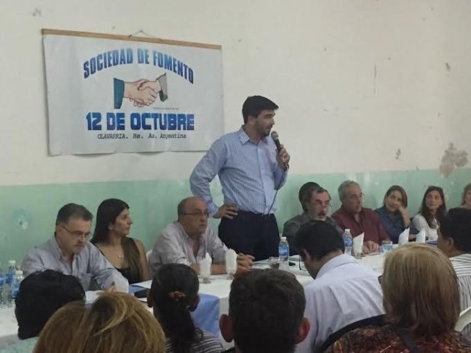 Galli y su Gabinete en el barrio 12 de Octubre