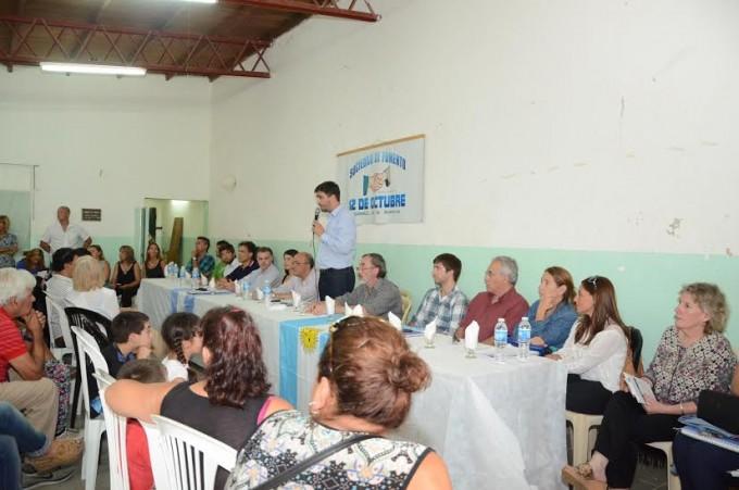 Masiva concurrencia para escuchar al Gabinete Itinerante en el barrio 12 de Octubre