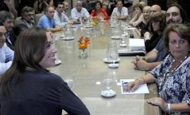 Docentes: el 3 de febrero se inician las negociaciones salariales