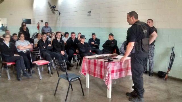 Academia de Seguridad en la Unidad Nº38