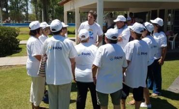 Alvear: el Director Ejecutivo de la UGL XXX de PAMI Azul, en la colonia de verano de abuelos
