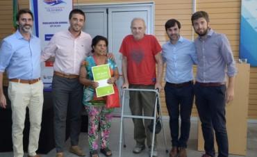 Más de 80 familias recibieron su escritura