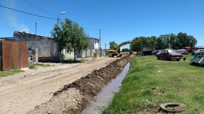 Mejoramiento de calles en distintos barrios de Olavarría