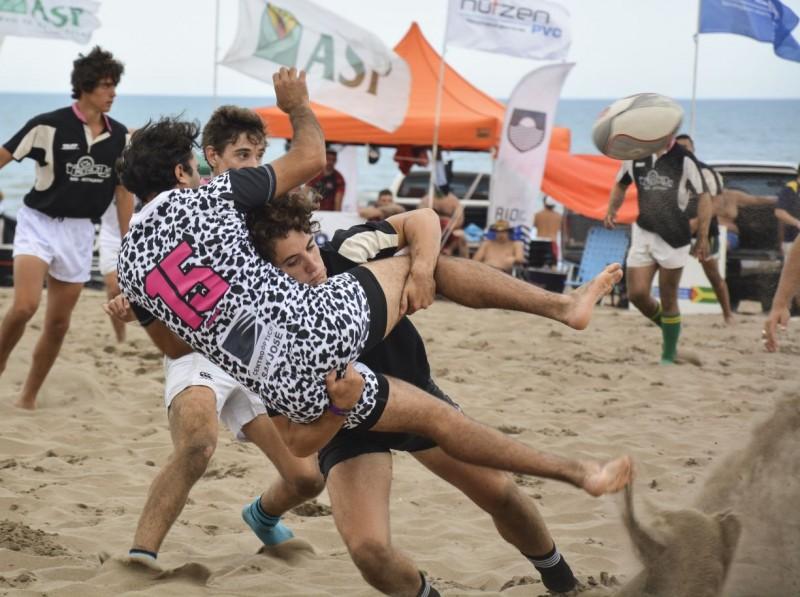 Rugby: el Seven de Claromecó por Radio Olavarría