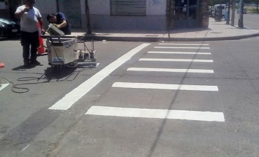 Demarcan sendas peatonales