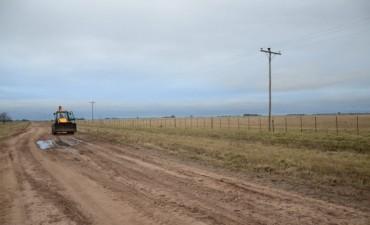 Avanzan los trabajos de mantenimiento en caminos rurales