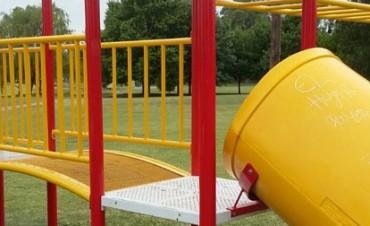 Se realizaron arreglos en los juegos del Parque Eseverri