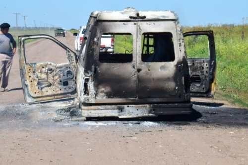 Se incendió una ambulancia municipal que iba a Recalde