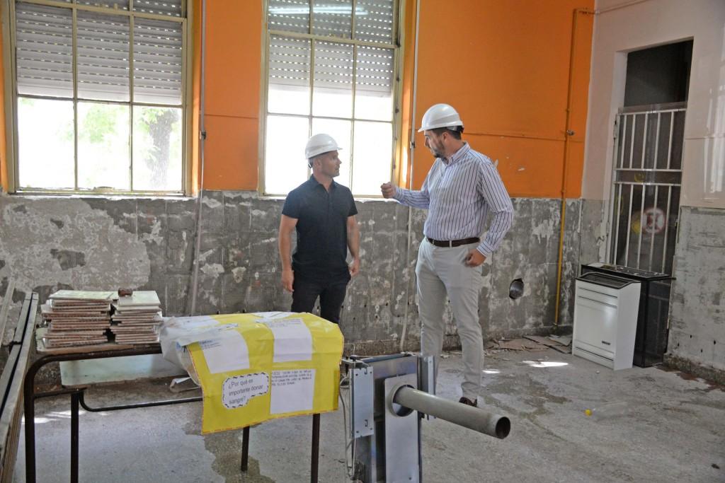 Con una inversión superior a los $2,5 millones se iniciaron las obras en la Escuela Nº 17