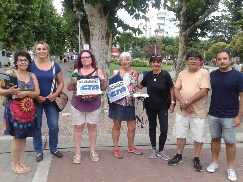 Marcha de antorchas contra los tarifazos en Olavarría