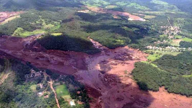 Tras el colpaso de la represa brasileña, ponen en duda el modelo de megaminería