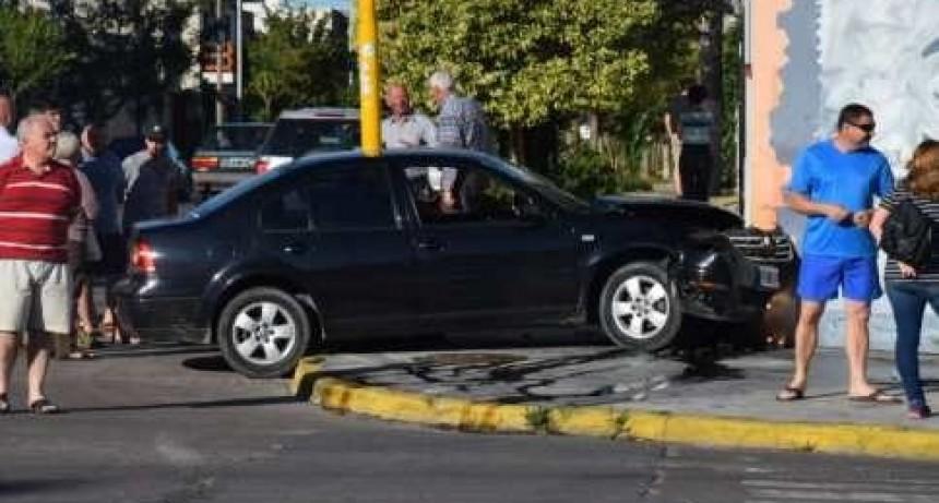 Accidente en Colón y España: no hubo heridos