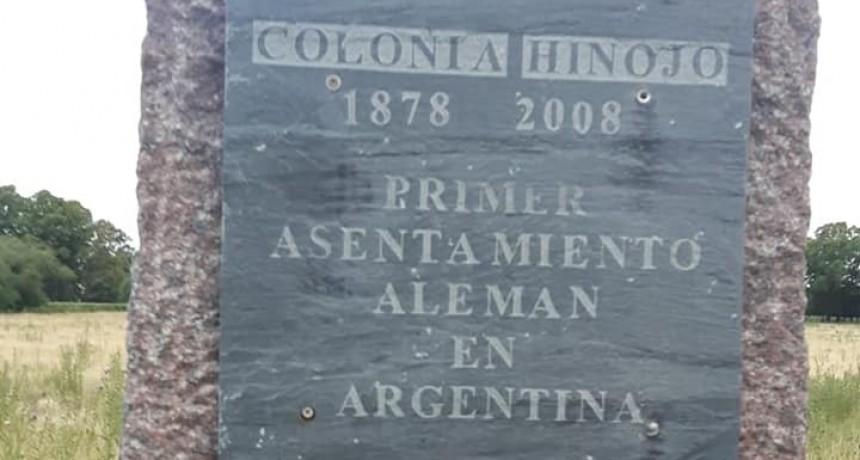 Bajo amenaza de lluvia, Colonia Hinojo celebra 141 años