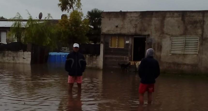 La lluvia ocasionó anegamientos y otros inconvenientes