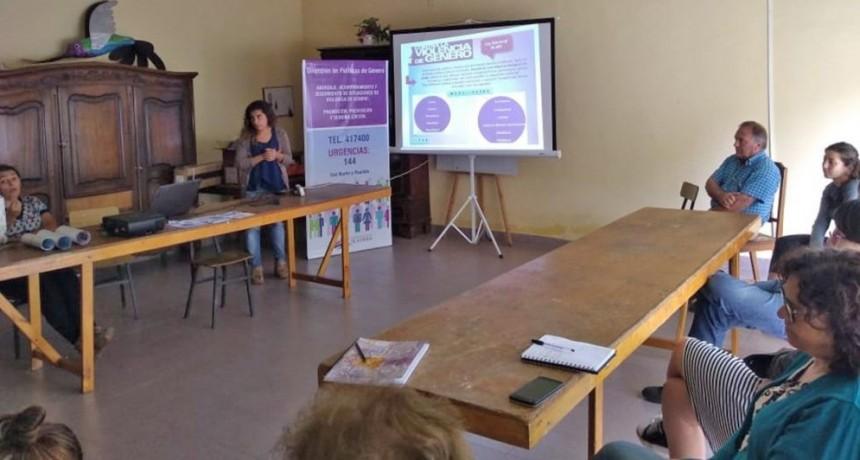 Políticas de Género comenzó la promoción en las localidades