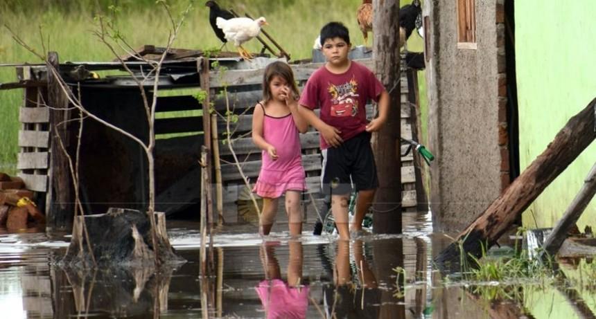 Reciben donaciones para los inundados