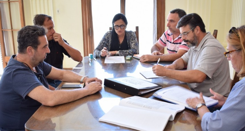 "General Alvear: Apertura de sobres obra ""Construcción de 10 Viviendas del Programa Bonaerense ll"""