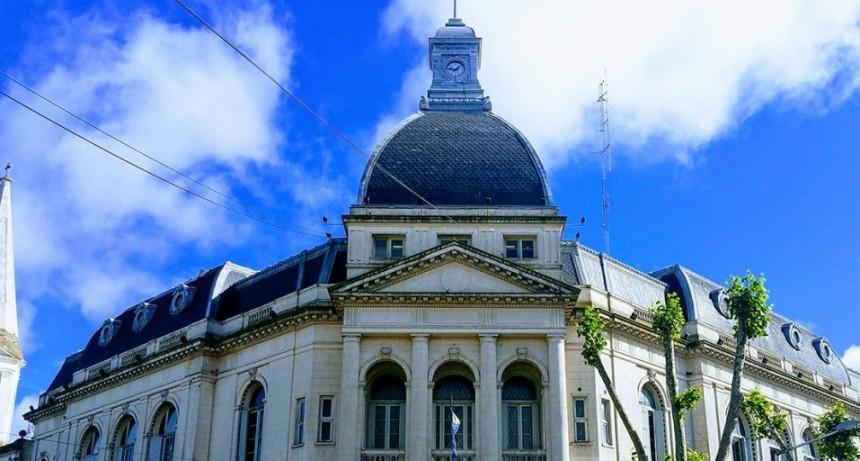 Los trabajadores Municipales percibirán un reajuste salarial a partir de enero