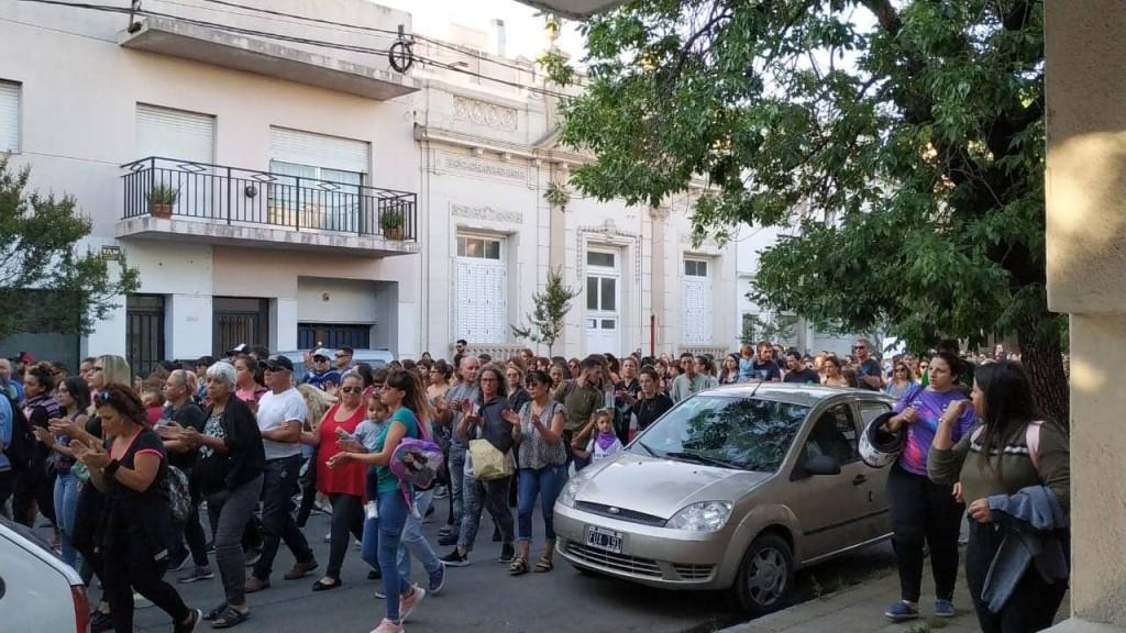 Marcharon por los femicidios en Olavarría
