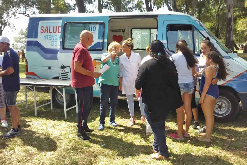 """Autoridades de salud del Municipio visitaron """"La Máxima"""" por las actividades de verano"""