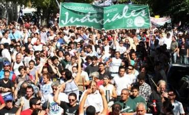 Judiciales realizan asambleas y advierten que no aceptarán un aumento en cuotas