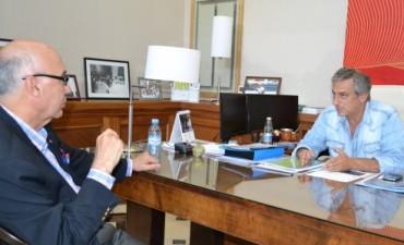 El Intendente José Eseverri recibió a su par de Saladillo Carlos Antonio Gorosito