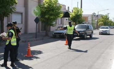 Más secuestros de autos y motos en operativos de tránsito