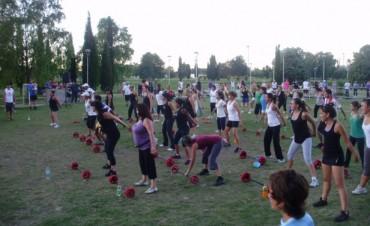 + Movimiento= + Salud: La Familia se mueve en el Parque 2014