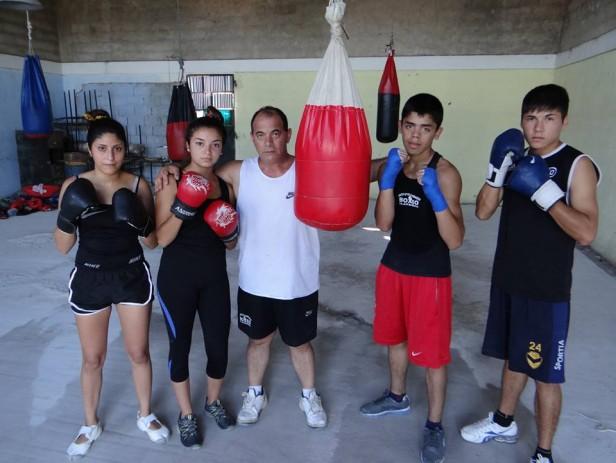 Todo listo para el festival de Boxeo en Loma Negra.