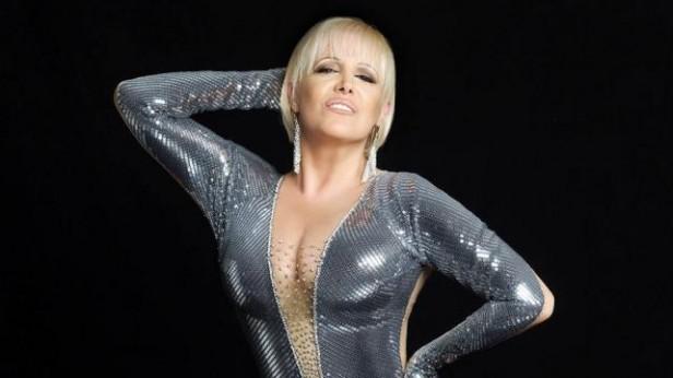 Se venden entradas individuales para la noche de Valeria Lynch