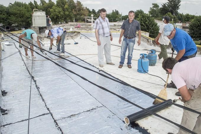 Avanza el arreglo de los techos en el Hospital de Chillar