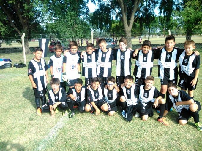 Estudiantes campeón de la Copa Ciudad de Ayacucho