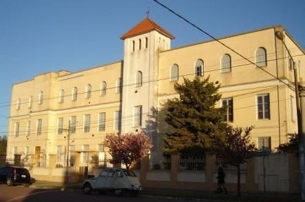 Las religiosas de Santa Teresa siguen al frente del Colegio