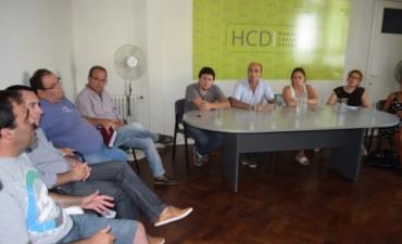 Trabajadores despedidos de CDR se reunieron con concejales