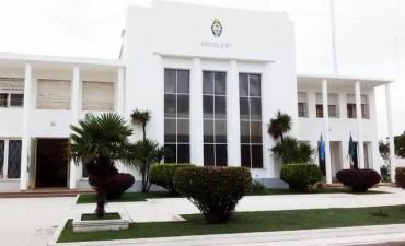 Alvear: se pintaron los edificios de la escuela 1 Sarmiento y el Consejo Escolar
