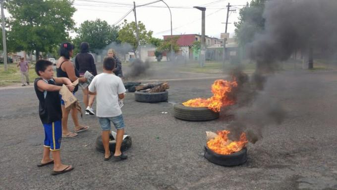 Vecinos de los barrios Ituzaingó e Independencia reclamaron seguridad