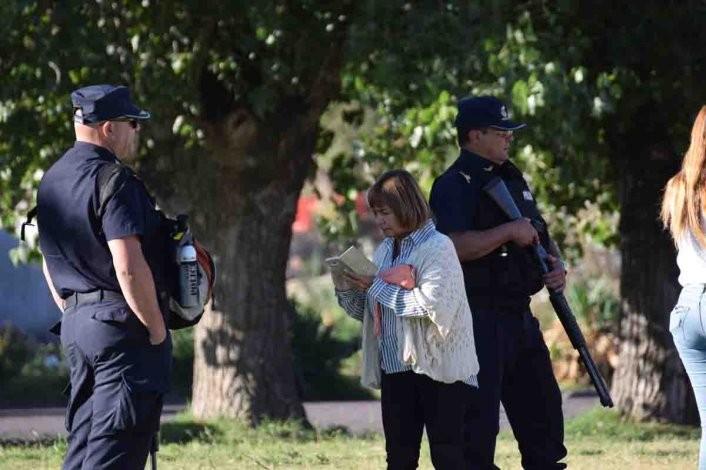 Operativo y allanamientos en el barrio Ituzaingó