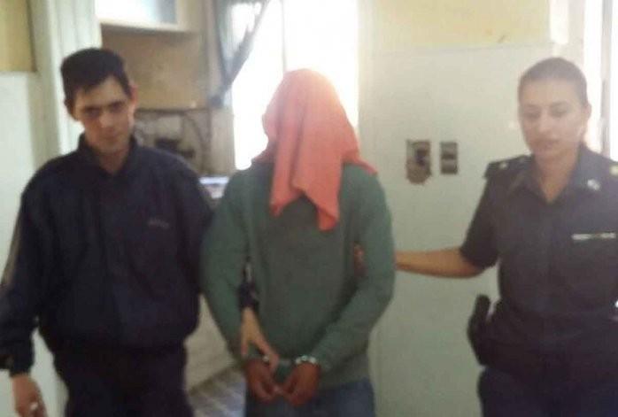 Un detenido por apuñalar a un hombre