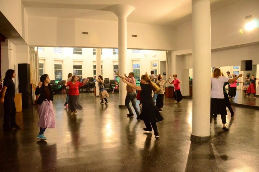 Convocatoria a conformar el Ballet Folklórico Municipal
