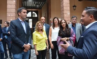 Temas de seguridad y comercio llevaron a diputados provinciales a México