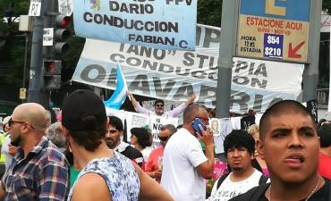 Municipales de Olavarría en la marcha de CGT y CTA