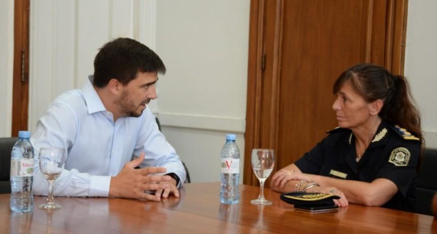 El intendente Galli recibió a la Superintendente de Seguridad Región Interior Centro