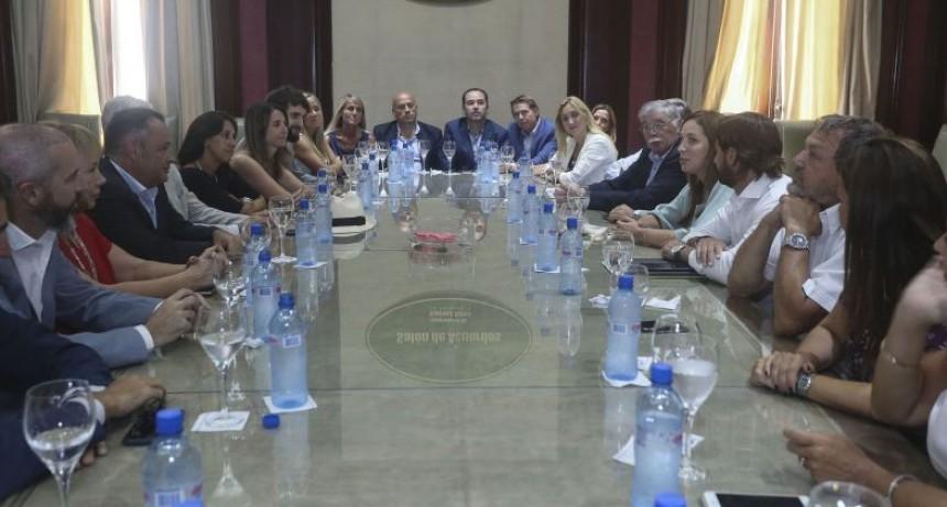 Vidal mantuvo un encuentro con Senadores Provinciales de Cambiemos