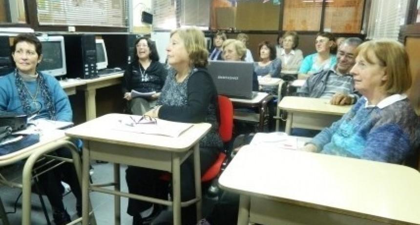 Comienza la inscripción a los talleres de UPAMI para adultos mayores