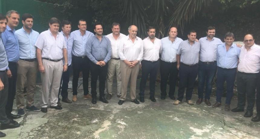 Cumbre de intendentes radicales en La Plata