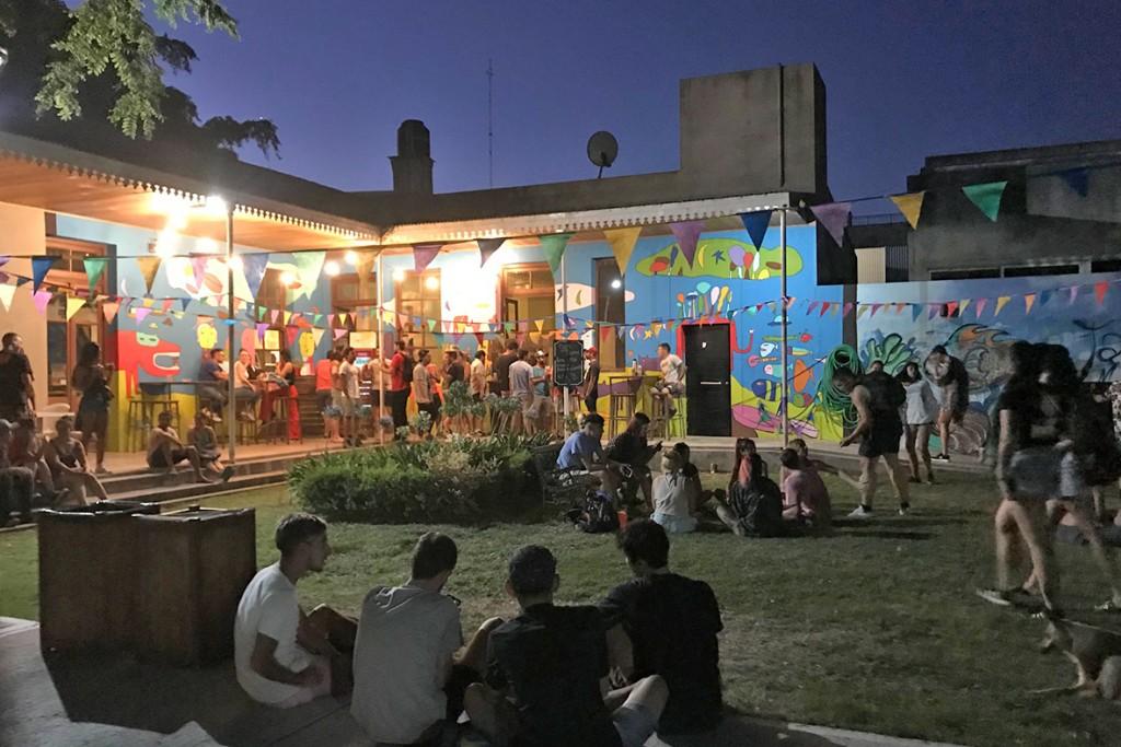 """Un nuevo viernes de """"sonidos en el Patio"""" en el Centro Cultural"""